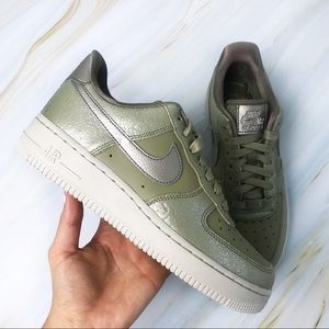 NEW Nike Air Force 1 07 Premium Neutral Olive